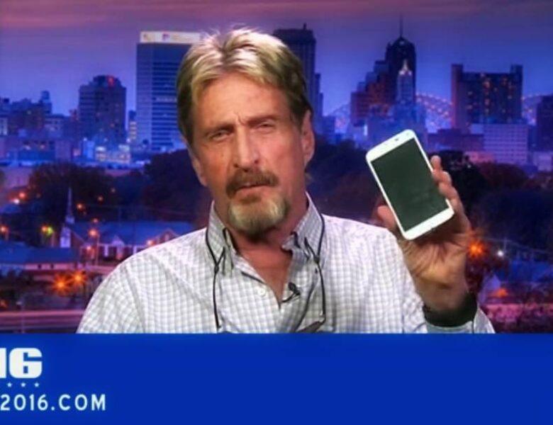 John McAfee révèle comment hacker un iPhone en 30 minutes